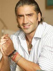 Picture of Alejandro Fernandez